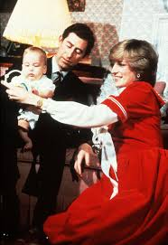 Princess Diana Prince Charles William As A Chubby Baby And More Royal Holiday Moments Prince