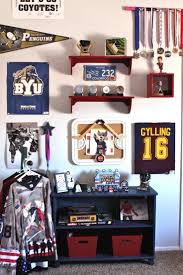 Hockey Teen Bedroom Ideas 35 Best Hockey Bedroom Images On Pinterest Hockey Bedroom