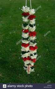 Flower Garland For Indian Wedding Indian Wedding Flower Garland Stock Photo Mala Pinterest