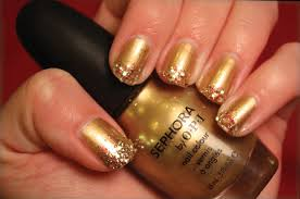 how to do a glittery gold holiday manicure popsugar beauty