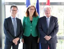 directeur chambre de commerce jean asselborn avec la commissaire européenne au commerce cecilia