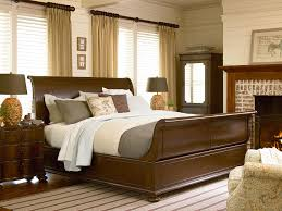 paula deen by universal river house the guest room queen size bed