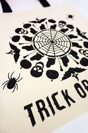 halloween bags to make spooky mandala