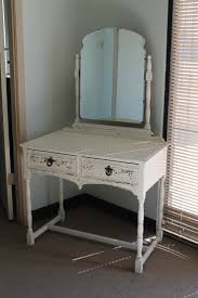 Vintage White Desks by 48 Best Painted Vanities And Desks Images On Pinterest Painted