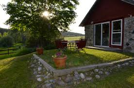 vacation rental stone cottage century farm cottages