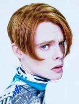 mens middle parting hairstyle mens centre parting hairstyles