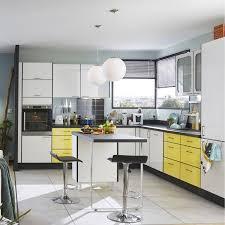 meuble cuisine jaune cuisine meuble de cuisine jaune moutarde conception de maison