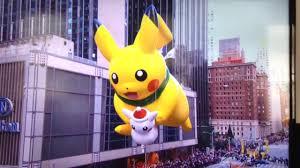 macy s thanksgiving day parade macy u0027s thanksgiving day parade 2016 pikachu balloon pokemon youtube