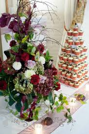 flower arrangement pictures with theme 34 best wedding cake floral decoration images on pinterest
