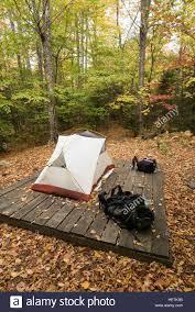 tent platform c8 alamy com comp hetk3b tent platform at little r