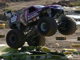 videos de monster truck 4x4 monster trucks wallpaper gallery 522674504