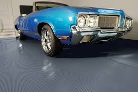 G Floor Garage Flooring G Floor Ribbed Pattern 10 W X 24 L 55 Mil Garage Rollout Floor