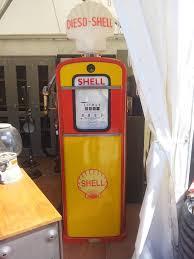 pompe essence vintage arrivage pompe essence et clapets strafor atelier deco industriel