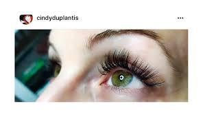 certified eyelash extension stylist flirt custom lash studio