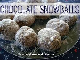 smells like christmas cookies chocolate snowballs heavenly