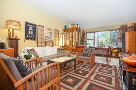 400 east 85th street 3d yorkville 2 bedroom coop for sale