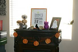 easy and inexpensive halloween mantel decor