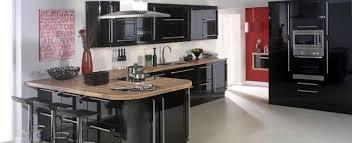 cuisine laqué noir cuisine et bois en 42 idées de design d intérieur