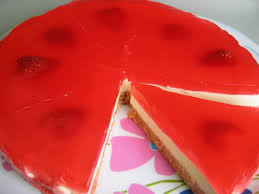 happy home baking strawberry jellyhearts cheesecake