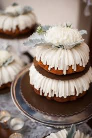bundt cake wedding favors nothing bundt cakes weddings in houston