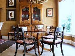 Small Round Dining Room Table Small Round Dining Table Dining Room Contemporary With Banquette