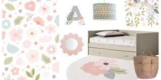 fleurs dans une chambre chambre enfant fleur déco fleurs pour chambre fille et chambre