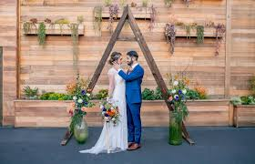 wedding arches san diego san diego farm table rentals bench rentals ceremony arch rentals