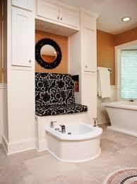 bathrooms with unique features diy