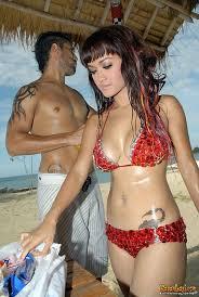 tato keren wanita indonesia inilah artis wanita indonesia yang bertato mana yang anda suka