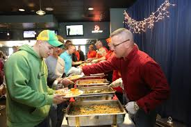 places to go thanksgiving marines sailors gather for thanksgiving feast u003e marine corps air