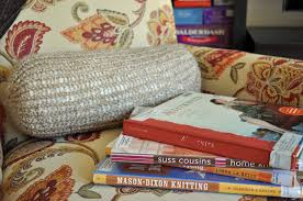 Bolster Pillows For Daybed Knit A Bolster Pillow With A Knifty Knitter Loom