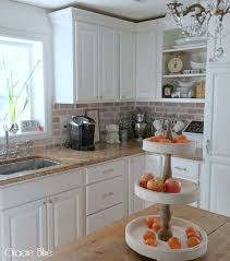brick backsplashes for kitchens best 25 brick backsplash white cabinets ideas on brick