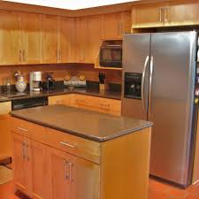 Shaker Style Kitchen Cabinets by Kitchen Shaker Style Kitchen Cabinets Refrigerator Solid