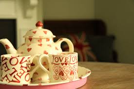 modern country style modern country style loves emma bridgewater mugs