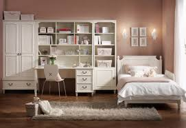 Small Bedroom Decorating Ideas For College Student WallsInteriors - Bedroom designs for college students