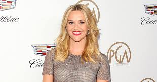 does reese witherspoon have 3 legs on vanity fair cover people com