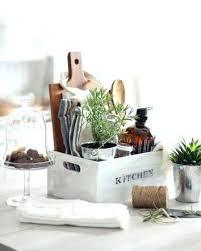 best housewarming gifts 2015 best 25 housewarming gift baskets ideas on pinterest themed great
