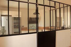 en cuisine avec verrière de cuisine avec porte coulissante