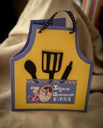 anniversaire cuisine carte d anniversaire tablier de cuisine diy la boite à mm