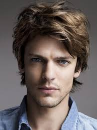boys wavy hairstyles cool medium wavy hairstyle for men 44 fashion blog style