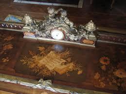 horloge sur le bureau file bureau du roi plateau supérieur et horloge jpg wikimedia