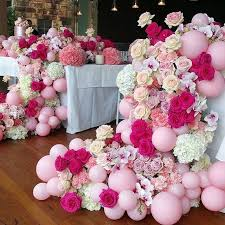 flowers and balloons best 25 balloon flowers ideas on balloon show baby
