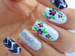 classic floral u0026 stripes nail art color the nails