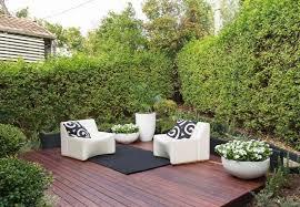 petit salon de jardin pour terrasse amenagement petit jardin poterie deco jardin reference maison