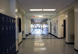 file 9000 first floor hallway jpg wikimedia commons