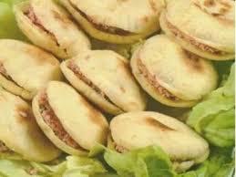 cuisine de choumicha recette de batbout batbout farci choumicha cuisine marocaine choumicha recettes