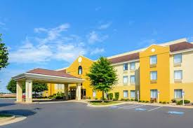 Comfort Inn Employee Discount Comfort Inn Woodstock Woodstock Va United States Overview
