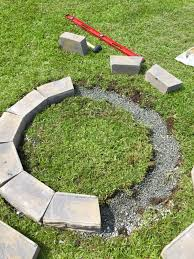 Building A Firepit Remodelaholic Diy Retaining Wall Block Pit