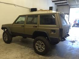 camo jeep cherokee new bed liner paint job jeep xj life pinterest bed liner