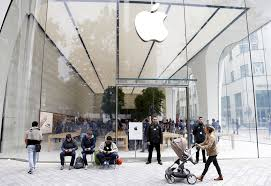 Apple Retail Jobs Apple Says It Won U0027t Become A Carrier But It Should Wired